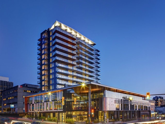 Main Photo: 901 111 E 13th st in North Vancouver: Central Lonsdale Condo for sale : MLS® # V1059592
