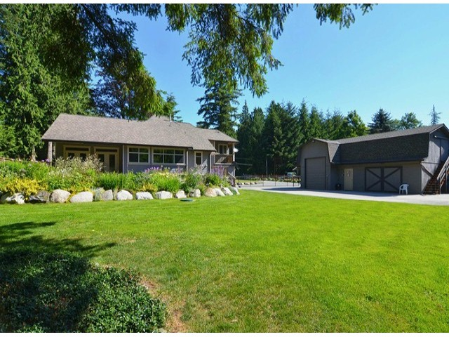 Photo 18: 21964 6TH AV in Langley: Campbell Valley House for sale : MLS® # F1417390
