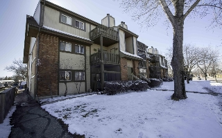 Main Photo: 204 1666 Jefferson Avenue in Winnipeg: Maples / Tyndall Park Condominium for sale (North West Winnipeg)  : MLS® # 1606236