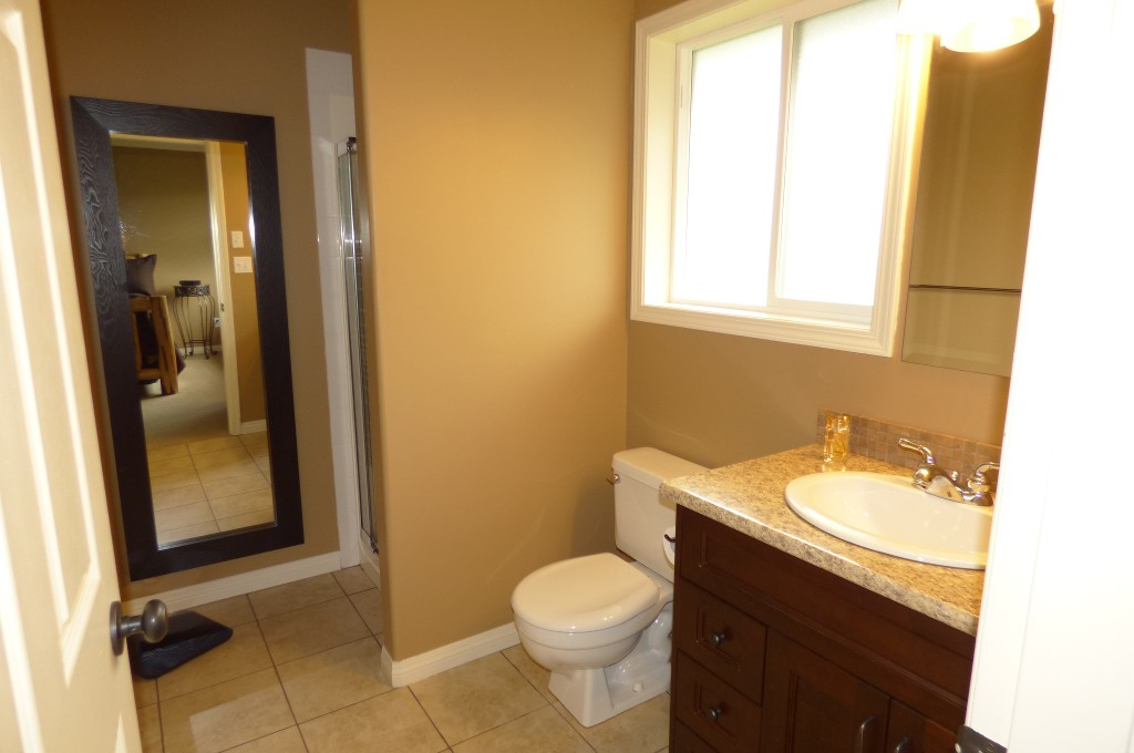 Photo 13: Photos: 5656 VILLA ROSA PLACE in Sardis: Vedder S Watson-Promontory House for sale : MLS® # R2162662