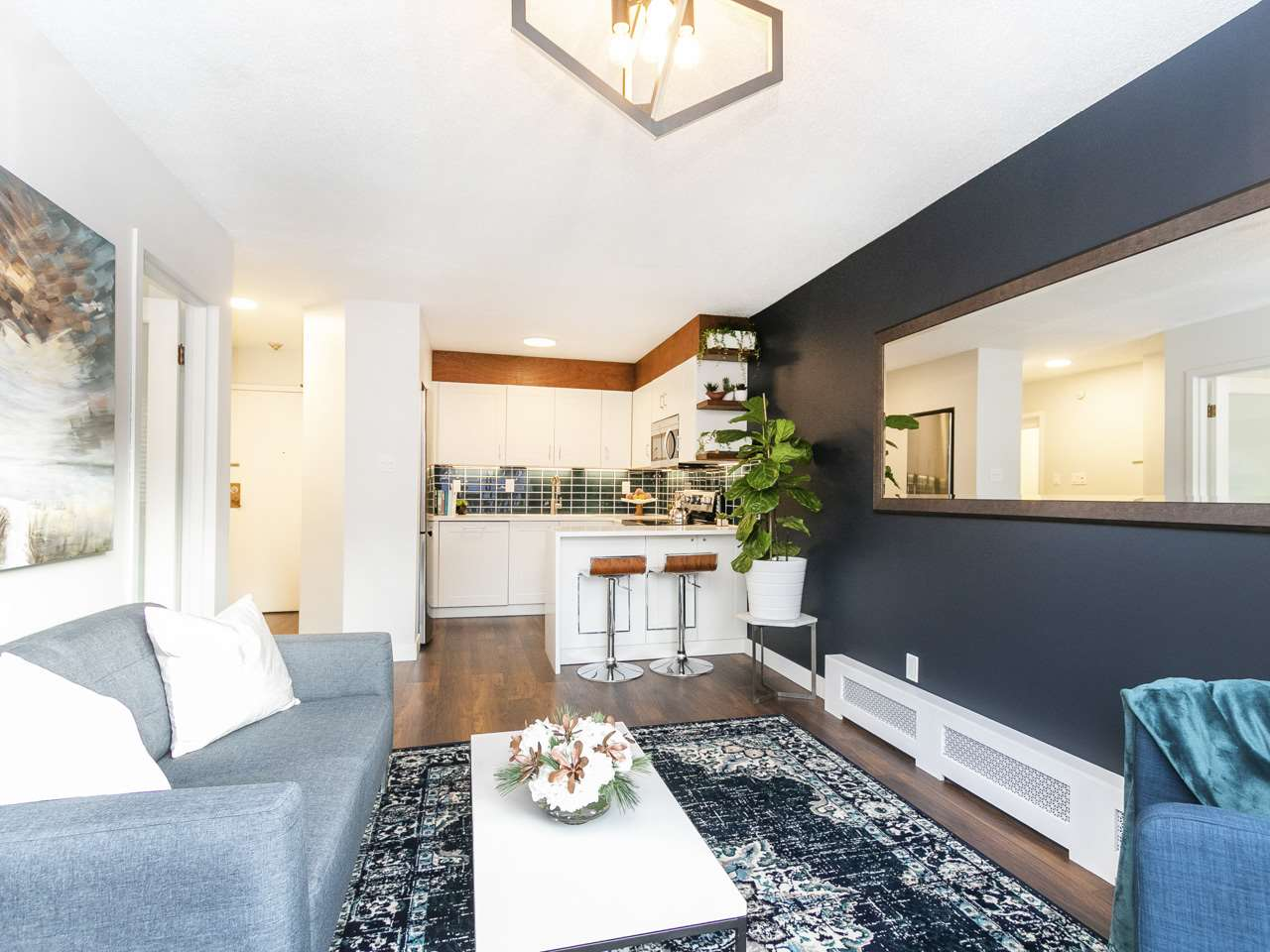 FEATURED LISTING: 302 930 7TH Avenue East Vancouver
