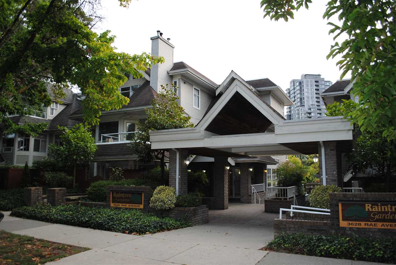 FEATURED LISTING: 402 3638 RAE Avenue Vancouver