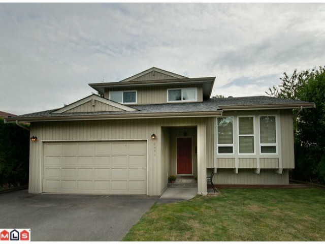 Main Photo: 5014 207TH Street in Langley: Langley City House for sale : MLS® # F1224030