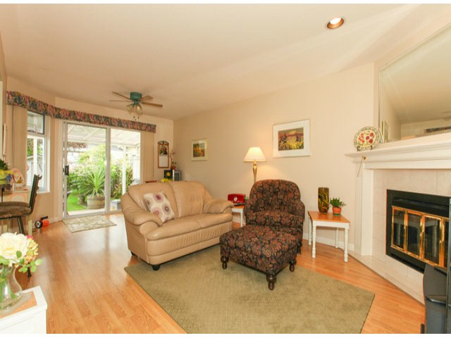 Photo 9: 1592 131ST ST in SURREY: Crescent Bch Ocean Pk. Condo for sale (South Surrey White Rock)  : MLS(r) # F1321820
