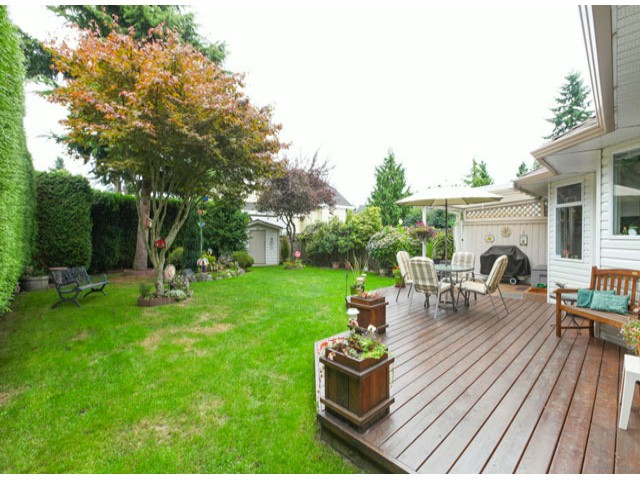 Photo 19: 1592 131ST ST in SURREY: Crescent Bch Ocean Pk. Condo for sale (South Surrey White Rock)  : MLS(r) # F1321820