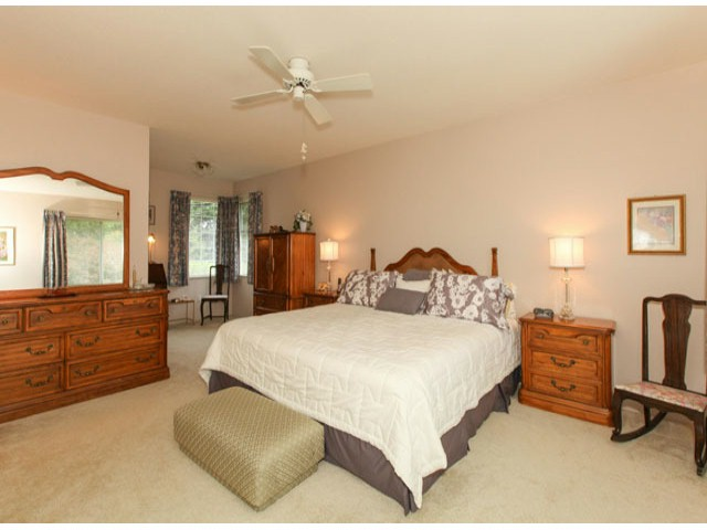 Photo 14: 1592 131ST ST in SURREY: Crescent Bch Ocean Pk. Condo for sale (South Surrey White Rock)  : MLS(r) # F1321820