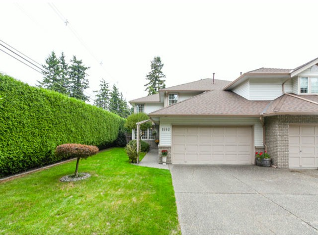 Photo 2: 1592 131ST ST in SURREY: Crescent Bch Ocean Pk. Condo for sale (South Surrey White Rock)  : MLS(r) # F1321820