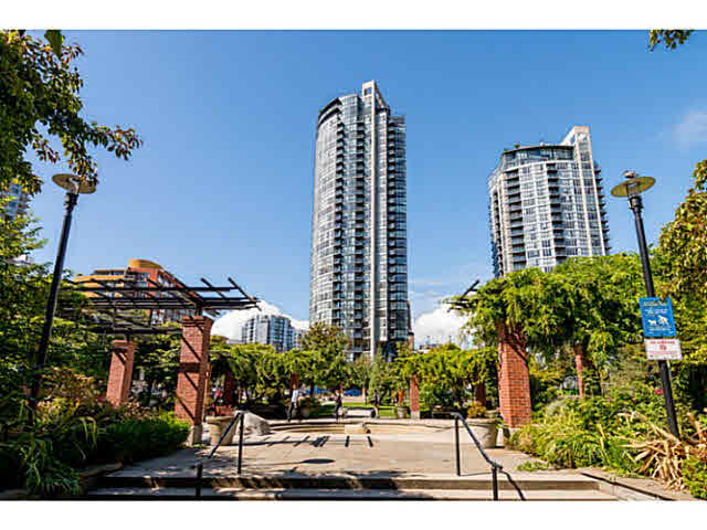 Main Photo: 1004 1199 Seymour Street in : Downtown VW Condo for sale (Vancouver West)  : MLS® # V1143207
