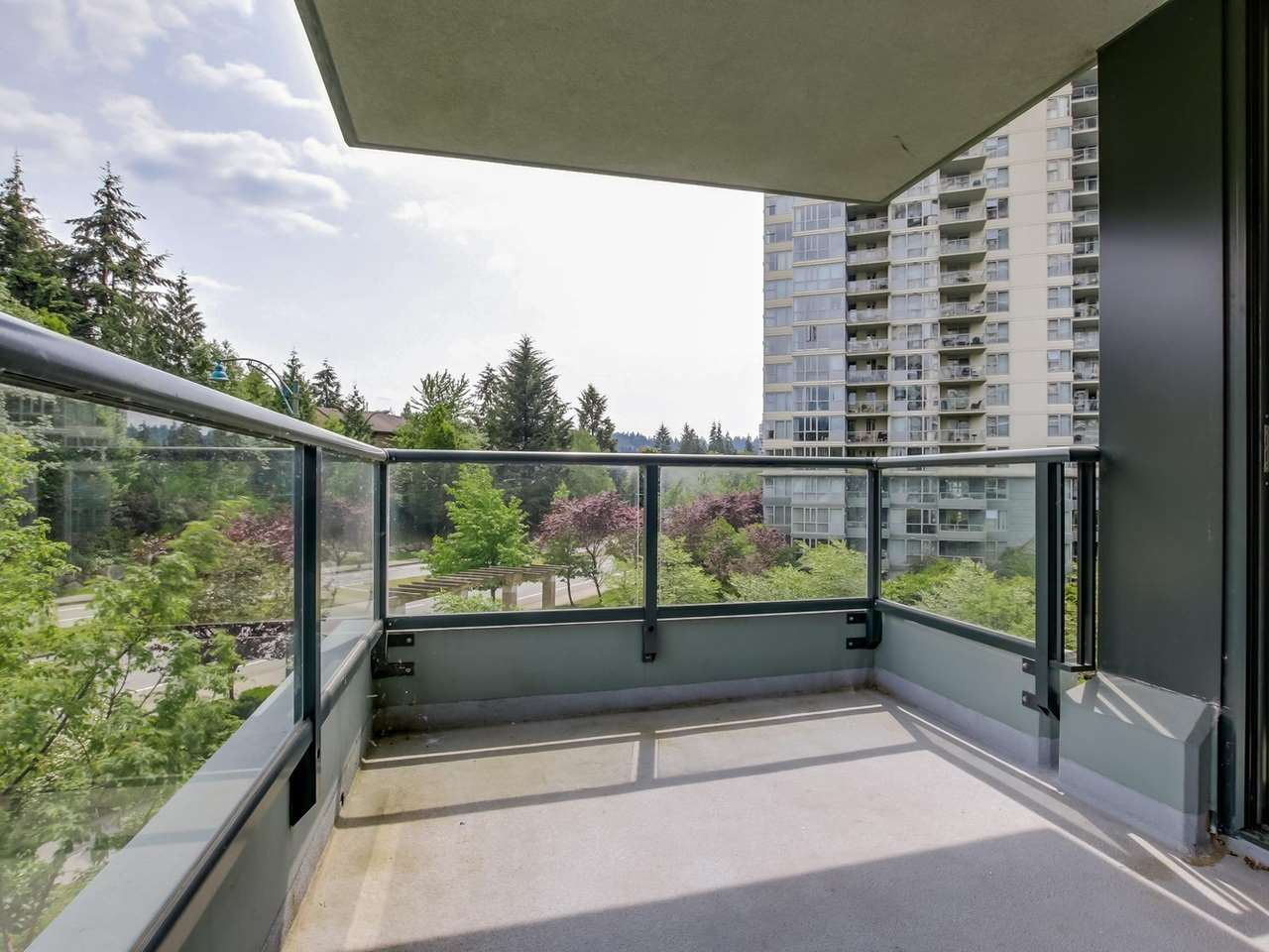 Photo 9: 203 288 UNGLESS WAY in Port Moody: Port Moody Centre Condo for sale : MLS(r) # R2071333