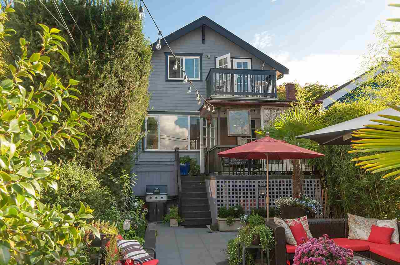 Main Photo: 2023 KITCHENER STREET in Vancouver: Grandview VE House for sale (Vancouver East)  : MLS(r) # R2110175
