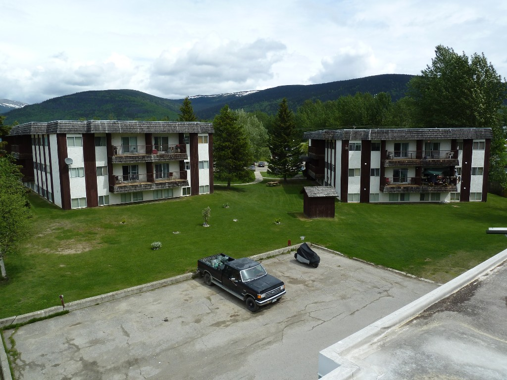 Photo 2: 201 Units - 4 Titles: Multi-Family Commercial for sale (Mackenzie, BC)