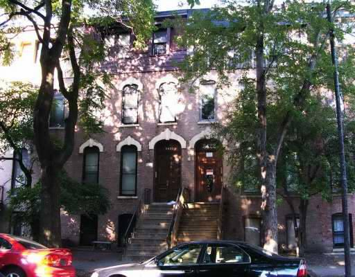 Main Photo: 2422 SEMINARY Avenue Unit 2 in CHICAGO: Lincoln Park Rentals for rent ()  : MLS® # 08110884
