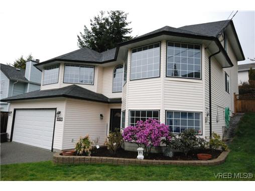 Main Photo: 3553 Desmond Drive in VICTORIA: La Walfred Single Family Detached for sale (Langford)  : MLS® # 321442