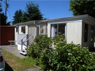 "Main Photo: 421 RAINDANCE Crest in West Vancouver: Park Royal Manufactured Home for sale in ""CAPILANO MOBILE HOME PARK"" : MLS(r) # V1016102"