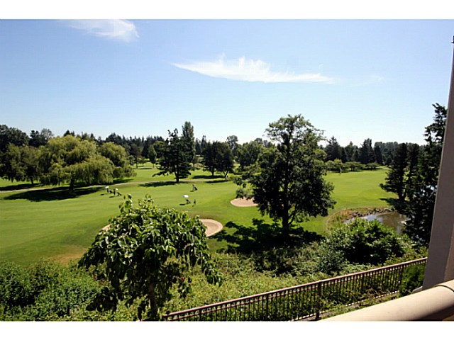 "Main Photo: 211 1300 HUNTER Road in Tsawwassen: Beach Grove Condo for sale in ""HUNTER GREEN"" : MLS®# V1017169"