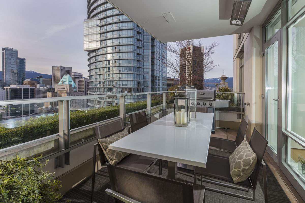 Main Photo: 2702 565 SMITHE STREET in Vancouver: Downtown VW Condo for sale (Vancouver West)  : MLS® # R2156124