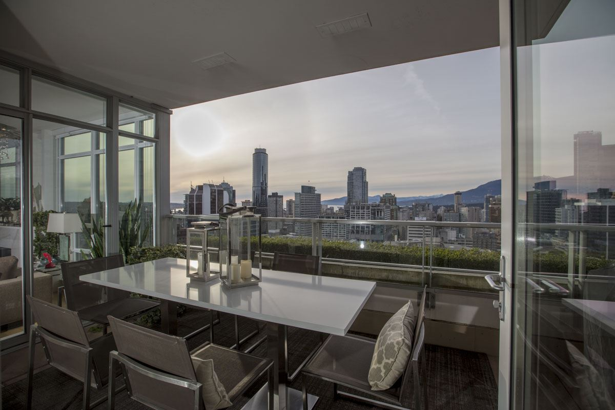 Photo 6: 2702 565 SMITHE STREET in Vancouver: Downtown VW Condo for sale (Vancouver West)  : MLS® # R2156124