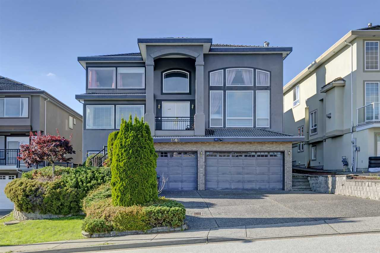FEATURED LISTING: 1560 PURCELL Drive Coquitlam