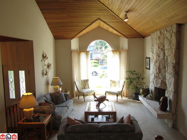 Photo 4: 6576 SUNWOOD Drive in Delta: Sunshine Hills Woods House for sale (N. Delta)  : MLS® # F1213598