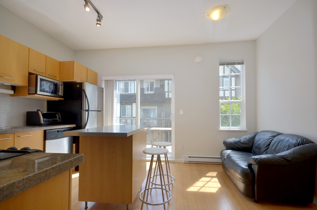 Photo 5: 20 7331 HEATHER Street in Richmond: McLennan North Townhouse for sale : MLS(r) # V957548