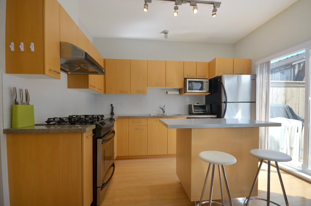 Photo 4: 20 7331 HEATHER Street in Richmond: McLennan North Townhouse for sale : MLS(r) # V957548
