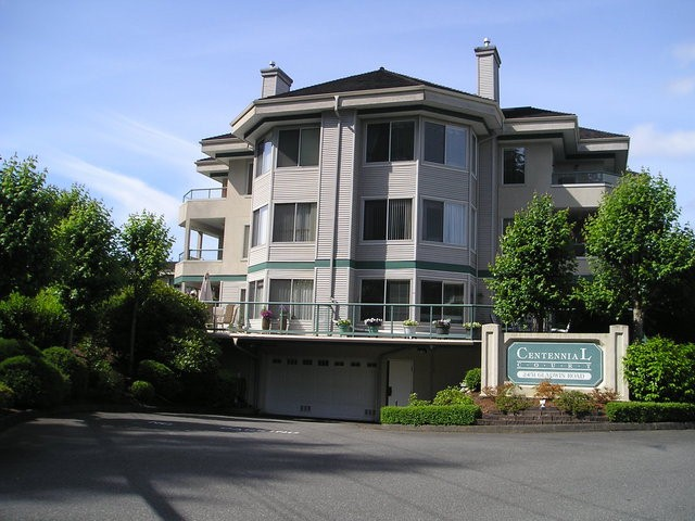 Main Photo: 102 2451 Gladwin in Abbotsford: Abbotsford West Condo for sale : MLS® # F1414601