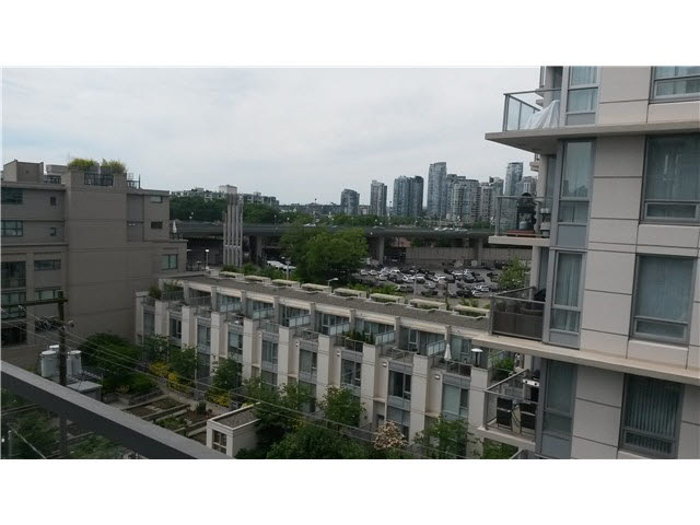 Photo 4: 802 1887 Crowe Street in Vancouver: Condo for sale