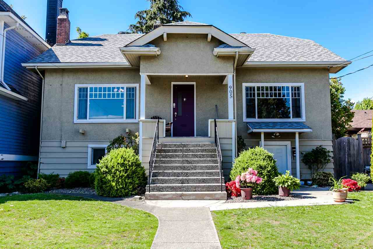 Main Photo: 905 EDINBURGH STREET in New Westminster: Moody Park House for sale : MLS® # R2067941