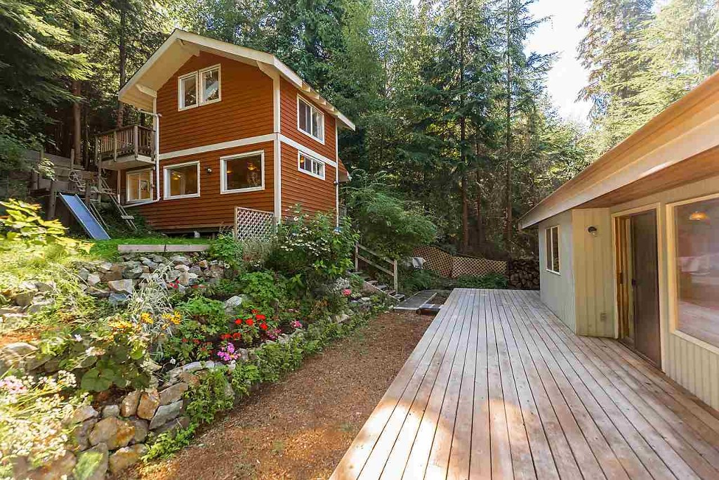 Main Photo: 1229 Adams Road: Bowen Island House for sale : MLS® # R2102619