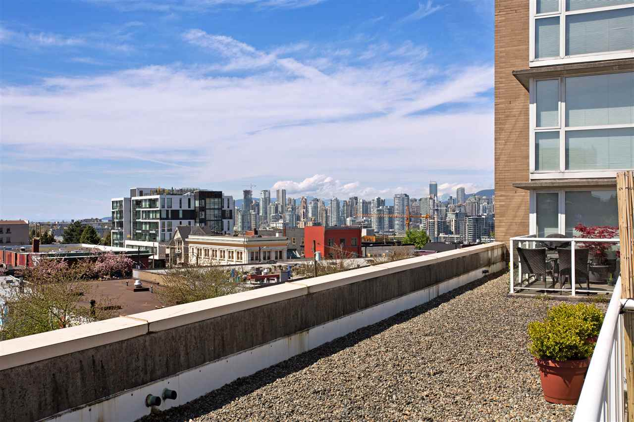 Photo 18: 409 288 E 8TH AVENUE in Vancouver: Mount Pleasant VE Condo for sale (Vancouver East)  : MLS® # R2163666