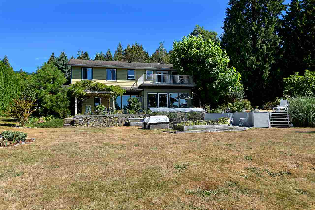 Main Photo: 1881 GRANDVIEW ROAD in Gibsons: Gibsons & Area House for sale (Sunshine Coast)  : MLS(r) # R2101665
