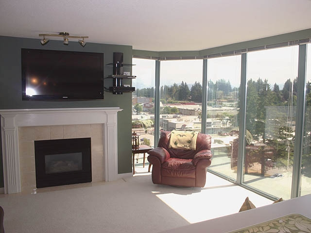 "Photo 4: 903 32330 S FRASER Way in Abbotsford: Abbotsford West Condo for sale in ""Town Centre Tower"" : MLS® # F1220378"