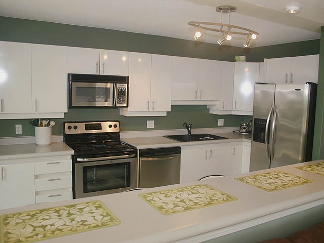 "Photo 6: 903 32330 S FRASER Way in Abbotsford: Abbotsford West Condo for sale in ""Town Centre Tower"" : MLS® # F1220378"