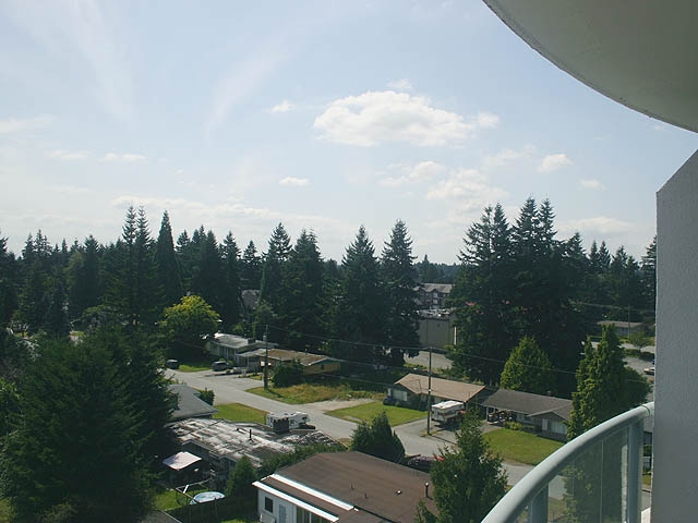 "Photo 13: 903 32330 S FRASER Way in Abbotsford: Abbotsford West Condo for sale in ""Town Centre Tower"" : MLS® # F1220378"