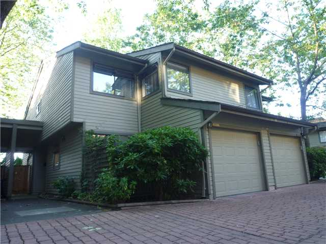 Main Photo: 5841 MAYVIEW CL in : Burnaby Lake Townhouse for sale : MLS® # V841594