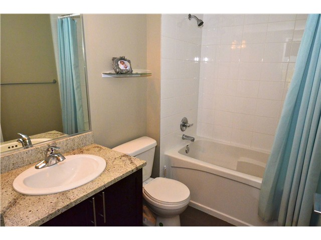 "Photo 8: 306 2150 E HASTINGS Street in Vancouver: Hastings Condo for sale in ""The VIEW"" (Vancouver East)  : MLS(r) # V1006991"