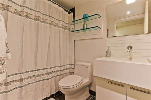 Photo 5: 55 Stewart St Unit #115 in Toronto: Waterfront Communities C1 Condo for sale (Toronto C01)  : MLS® # C3385608