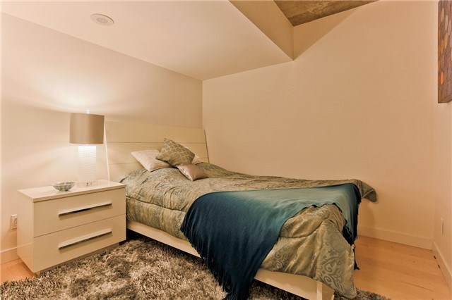 Photo 4: 55 Stewart St Unit #115 in Toronto: Waterfront Communities C1 Condo for sale (Toronto C01)  : MLS® # C3385608