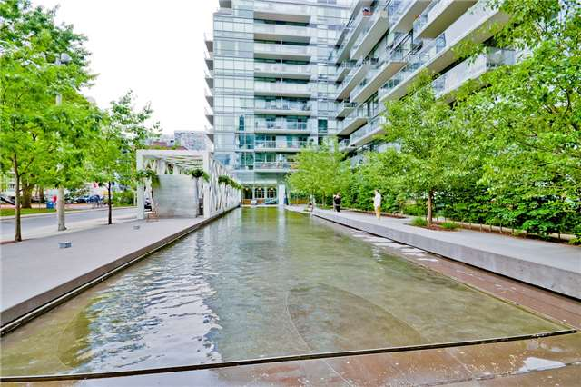 Photo 8: 55 Stewart St Unit #115 in Toronto: Waterfront Communities C1 Condo for sale (Toronto C01)  : MLS® # C3385608