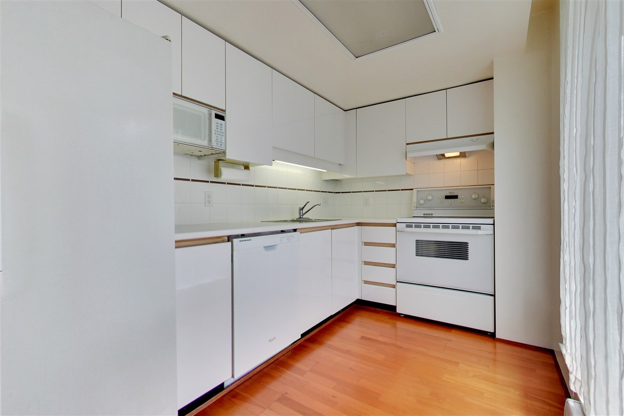 Photo 6: 709 1500 HOWE STREET in Vancouver: Yaletown Condo for sale (Vancouver West)  : MLS® # R2160238