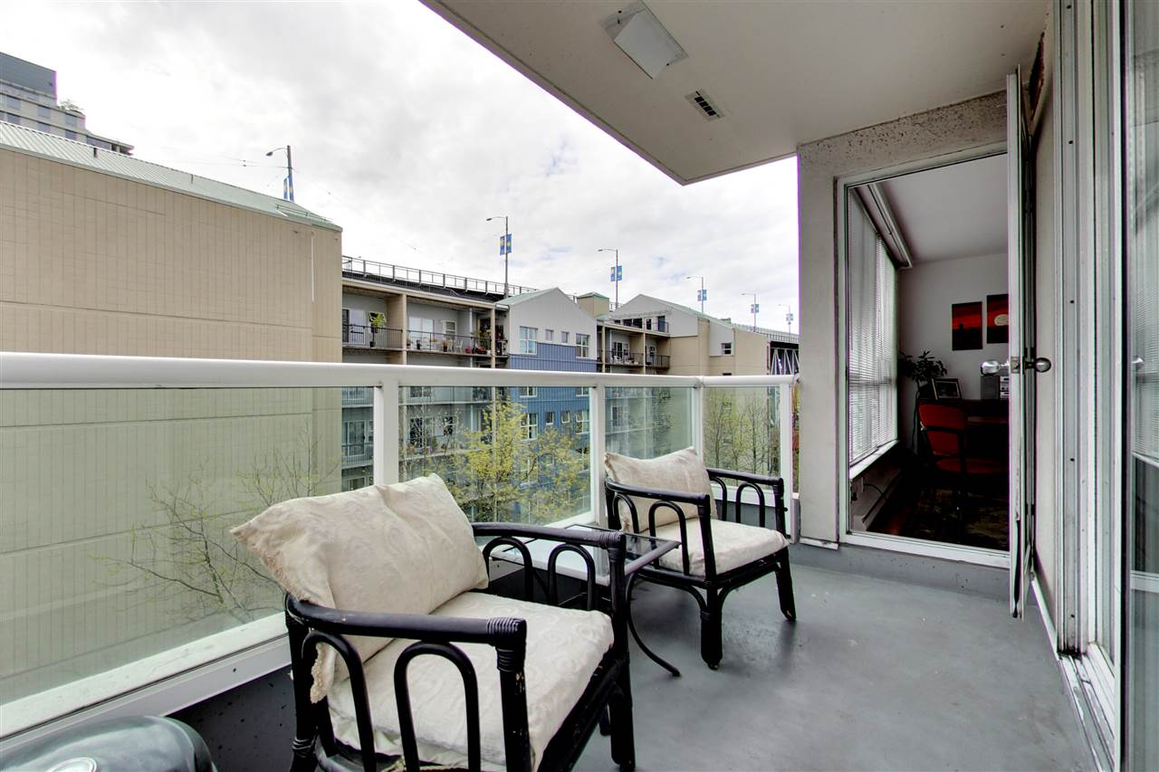 Photo 7: 709 1500 HOWE STREET in Vancouver: Yaletown Condo for sale (Vancouver West)  : MLS® # R2160238
