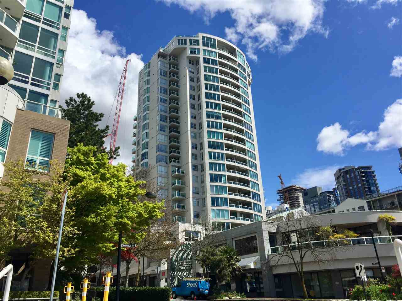 Main Photo: 709 1500 HOWE STREET in Vancouver: Yaletown Condo for sale (Vancouver West)  : MLS(r) # R2160238