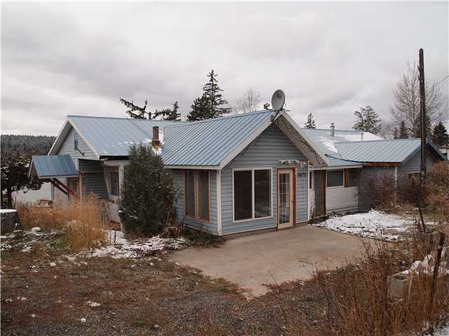 Main Photo: 3470 DUNSMUIR Road: Lac la Hache Home for sale (100 Mile House (Zone 10))  : MLS®# N223355