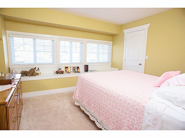 "Photo 7: 21224 83A Avenue in Langley: Willoughby Heights House for sale in ""UPLANDS OF YORKSON"" : MLS(r) # F1300280"