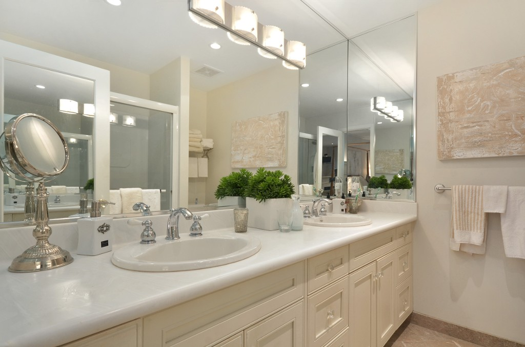 "Photo 13: 1449 MCRAE AV in Vancouver: Shaughnessy Townhouse for sale in ""MCRAE MEWS"" (Vancouver West)  : MLS(r) # V992862"