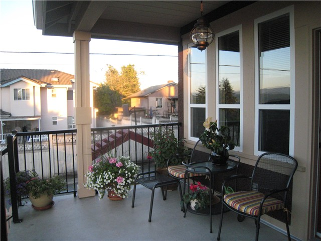 Photo 7: 4861 SARDIS ST in Burnaby: Forest Glen BS House for sale (Burnaby South)  : MLS(r) # V1007113