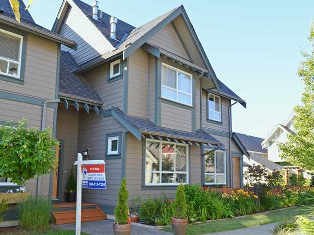 "Main Photo: 253 FURNESS Street in New Westminster: Queensborough House 1/2 Duplex for sale in ""RED BOAT"" : MLS® # V1075171"