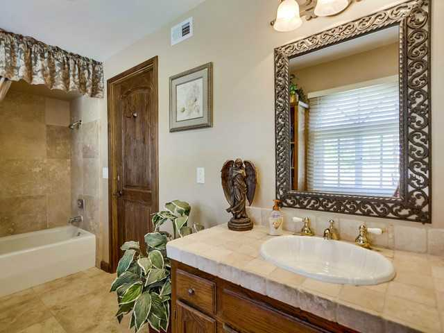 Photo 20: EL CAJON House for sale : 5 bedrooms : 1371 Windridge Drive