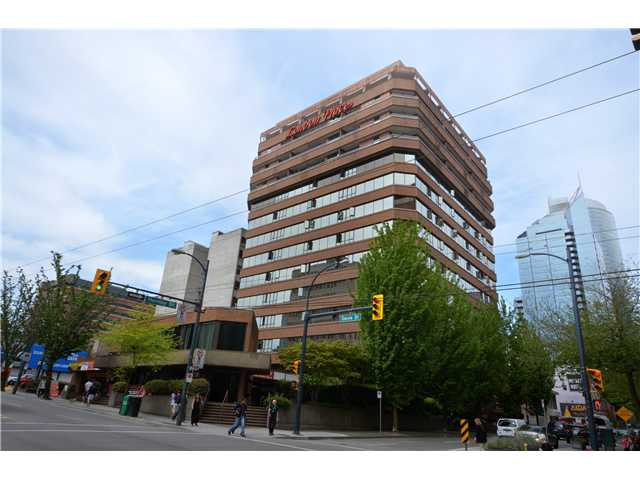 "Main Photo: 905 1177 HORNBY Street in Vancouver: Downtown VW Condo for sale in ""LONDON PLACE"" (Vancouver West)  : MLS(r) # V952636"