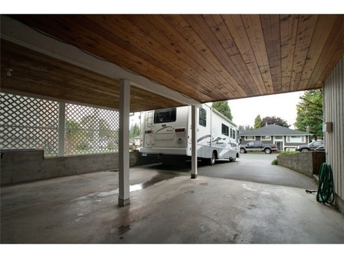 Photo 10: 675 MACINTOSH Street in Coquitlam: Central Coquitlam Home for sale ()  : MLS® # V915221
